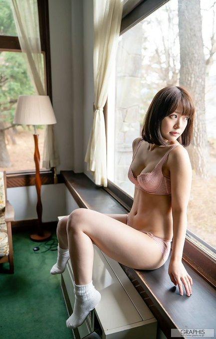 MIDE-759 :禁欲的 八木奈奈已经变成一隻被性慾支配的野兽,只想交配!!