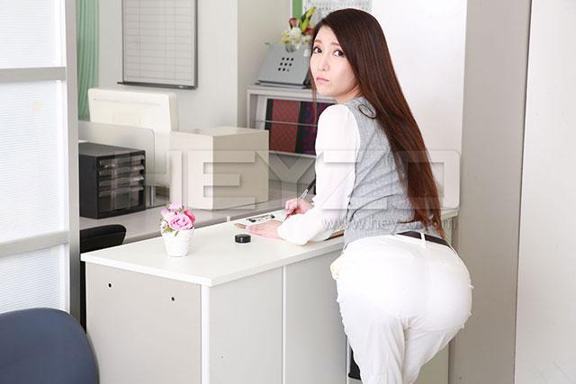 HEYZO-1363:不顾一切地玩弄性感女教师水咲菜菜美的身体!