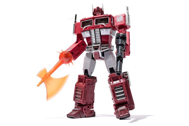Transformers x A Bathing Ape MP-10R MASTERPIECE CONVOY 联名公仔发表