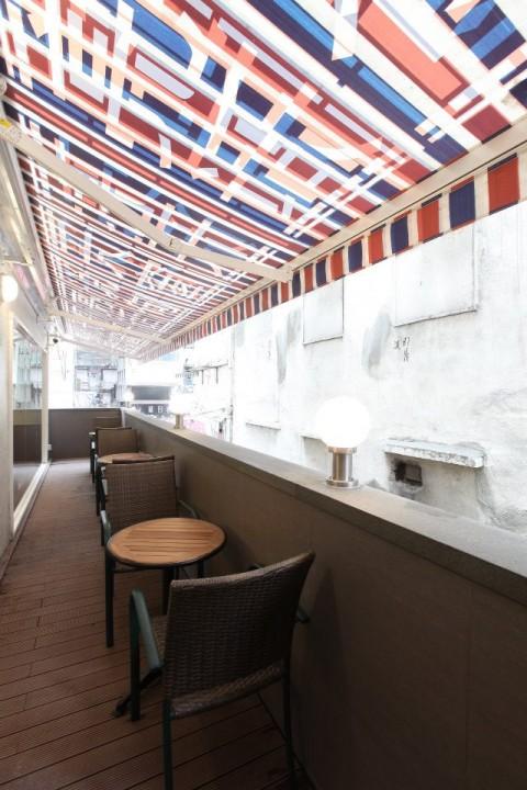 不统一的星巴克咖啡馆