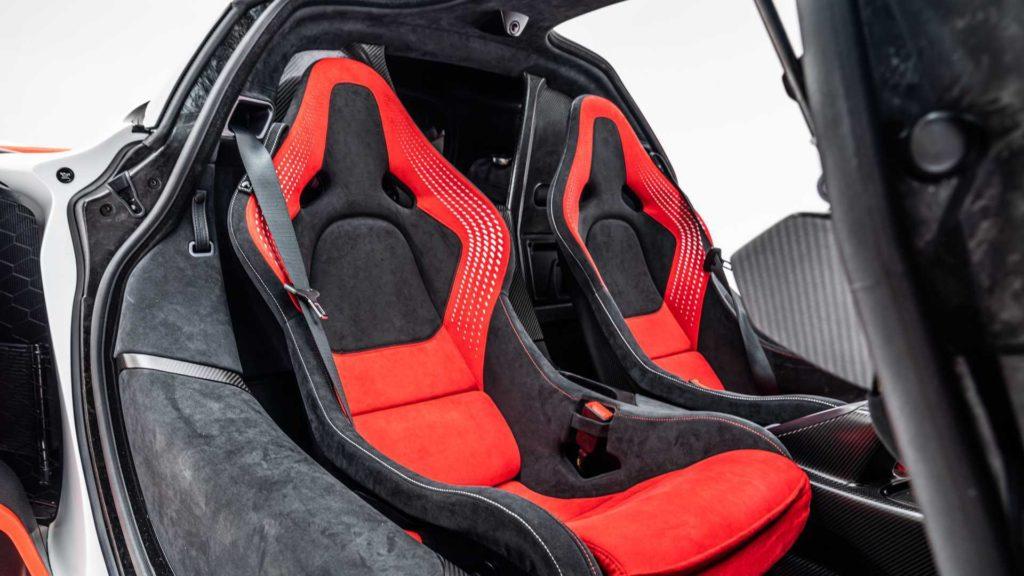 比 SENNA 更强悍的 McLaren Sabre 竟只限美国大叔购买?而且只有 15 辆配额!