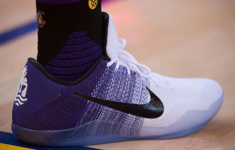#週五球鞋贩售预告  Nike「The Ten」炸不停,本週连 YEEZY BOOST 大军也来参战!最惨烈的必定是我们荷包