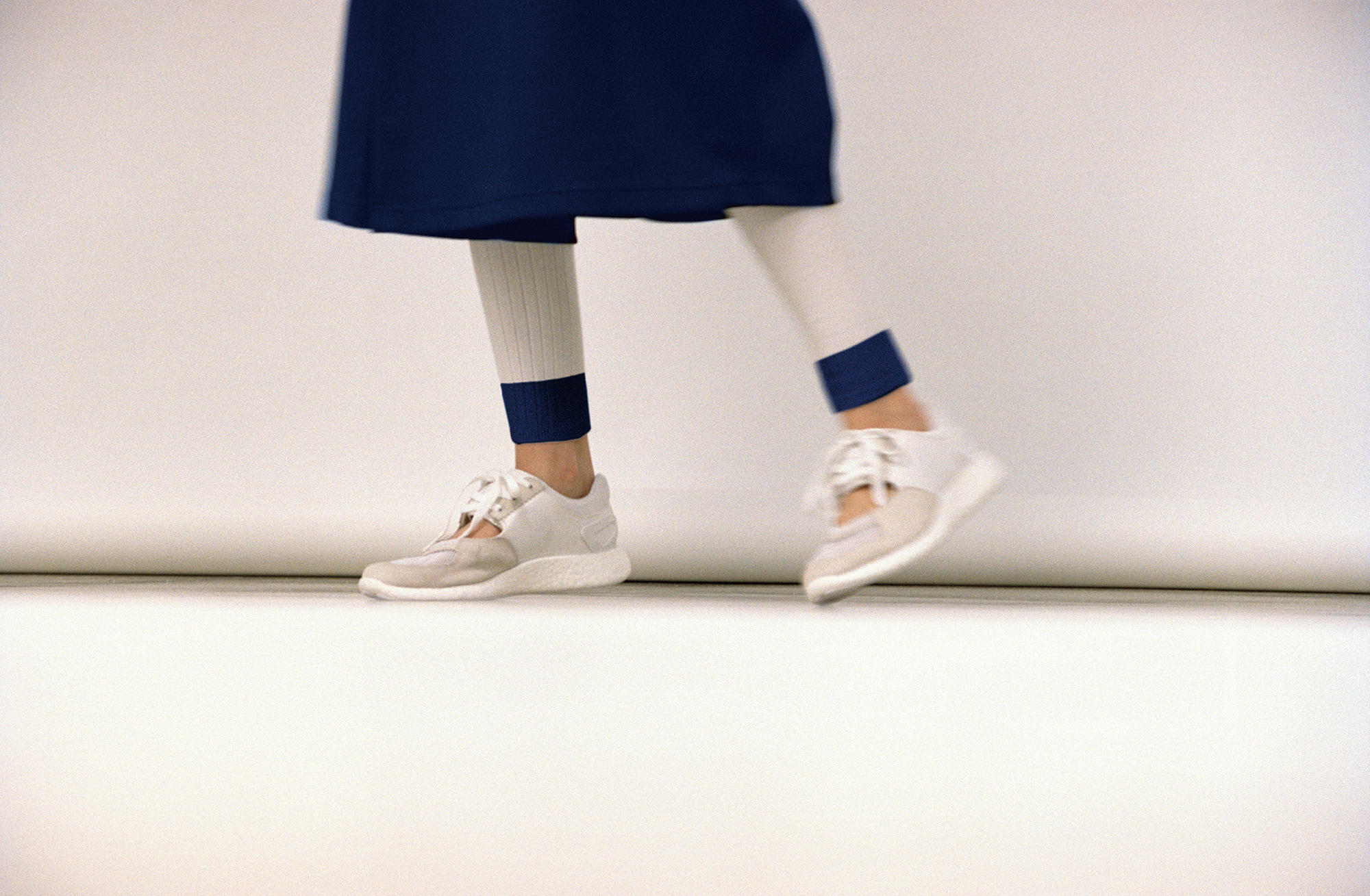 欣赏 adidas Originals by HYKE 2016 春夏联名系列