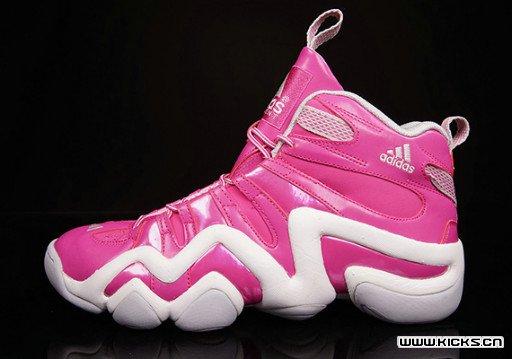 "骚包没有极限!adidas Crazy 8 ""Breast Cancer Awareness"" 粉色男孩照过来!"