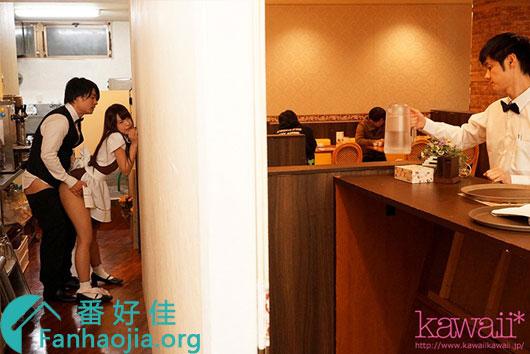CAWD-064 樱萌子20年最新作品 在咖啡厅上班的她 男友一离开就会被……